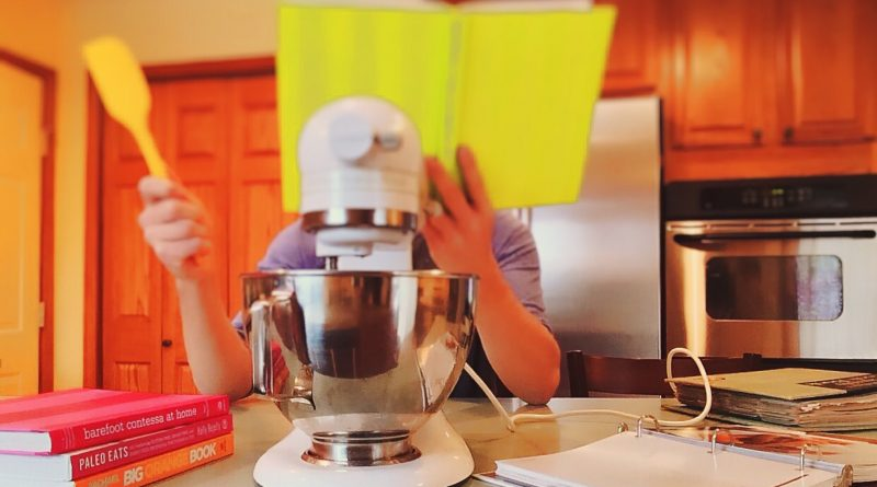 10 Things That Everyone Needs in A Kitchen